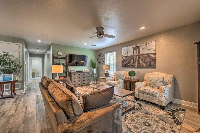 Updated Uptown Dallas House - 2 Miles to Downtown!, location de vacances à Dallas