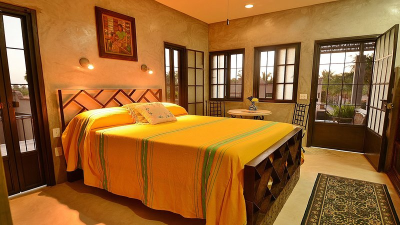 Upstairs Pool Studio, vacation rental in Todos Santos