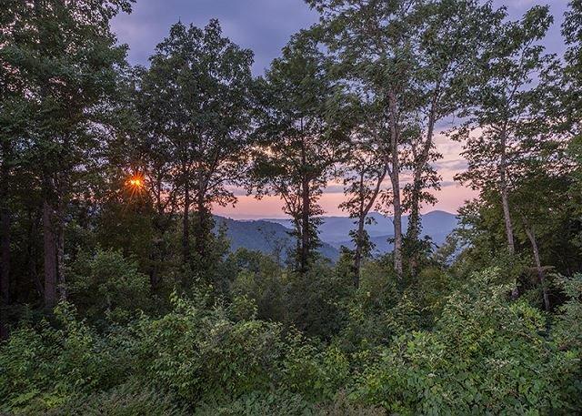 Splendida vista sul tramonto a Ridgetop Hideaway