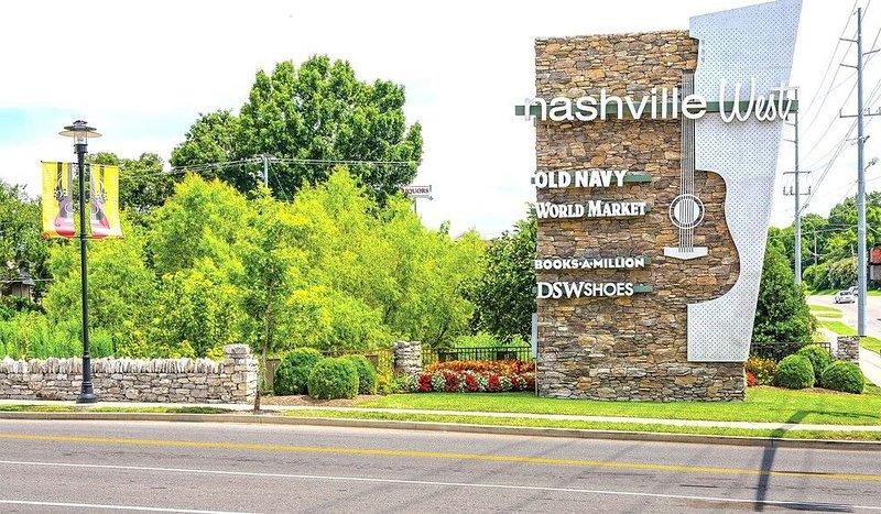 Nashville West Shopping Center, 3 miles away