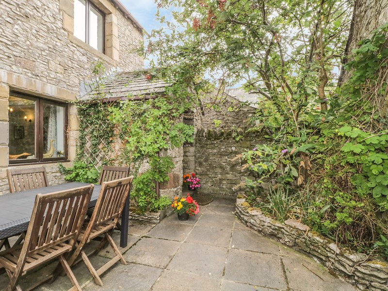 SPRINGARTH COTTAGE, spacious cottage, garden, wifi. Ref: 972245, holiday rental in Bolton