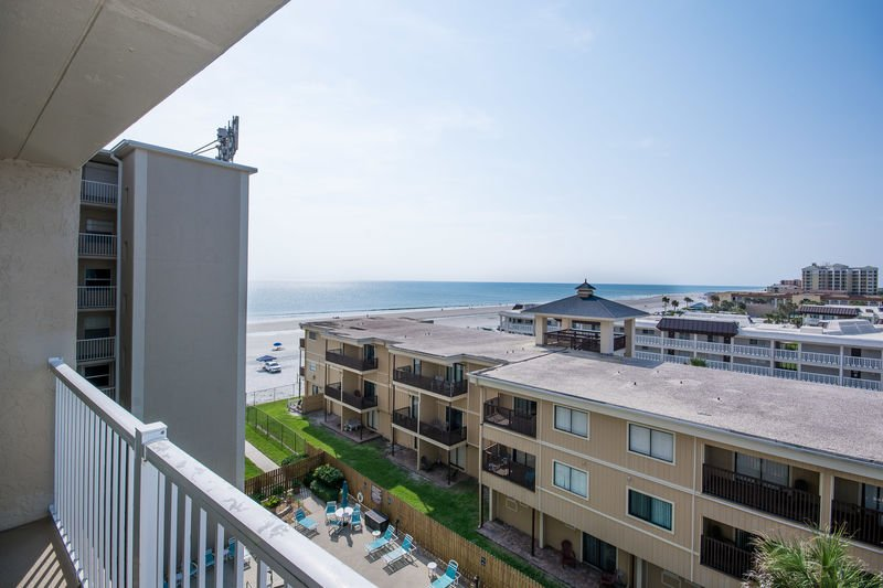 Pt608 Ponce De Leon Towers Overview Amenities Availability Map Enjoy Views Of The Beach From Private Balcony