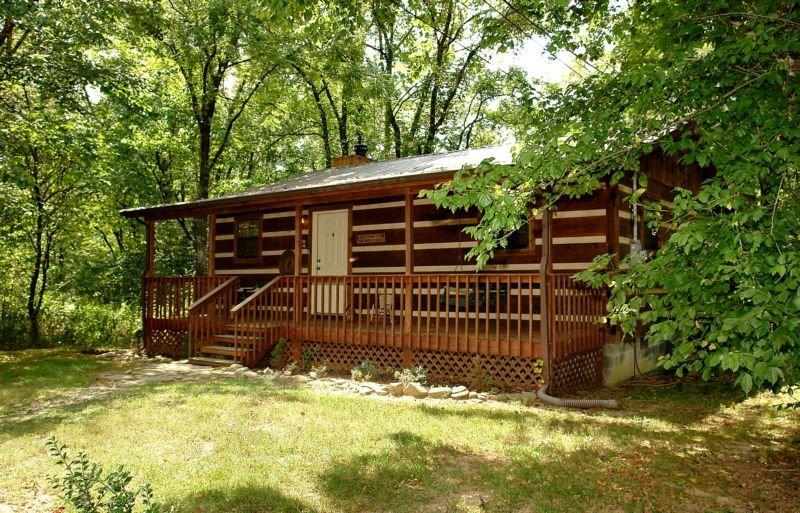 Creekside Memories - 2 Bedrooms, 2 Baths, Sleeps 6, holiday rental in Hartford
