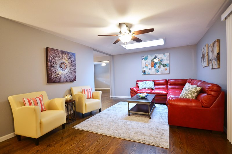 Main Living Room has entirely NEW furnishings, new art, new decor, and a large flat screen TV.