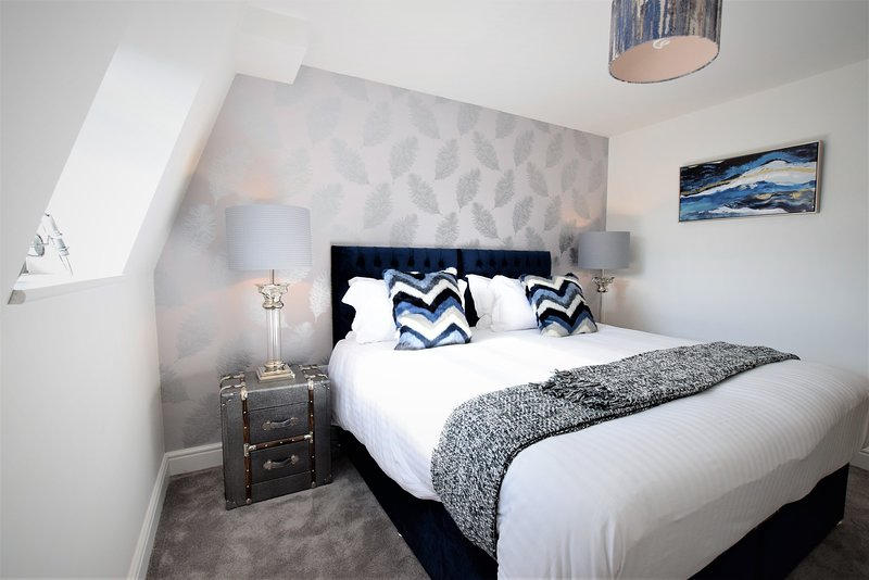 Haven - yourapartment, holiday rental in Cribbs Causeway