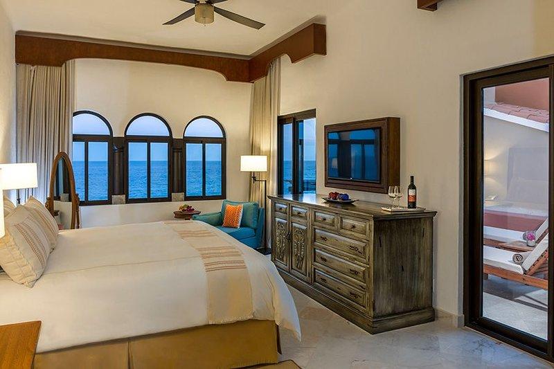 Casa del Mar Golf Resort & Spa -** Promo for Trans & Golf*  Saturday to Saturday, holiday rental in Animas Bajas