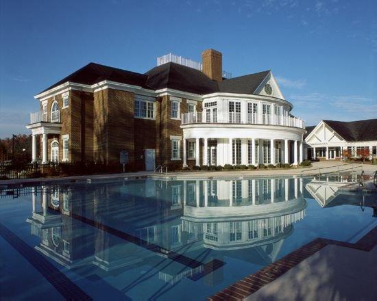 Williamsburg Plantation: 4-Bedrooms, 4 Baths, 2 Full Kitchens, Sleep 12, alquiler de vacaciones en Williamsburg