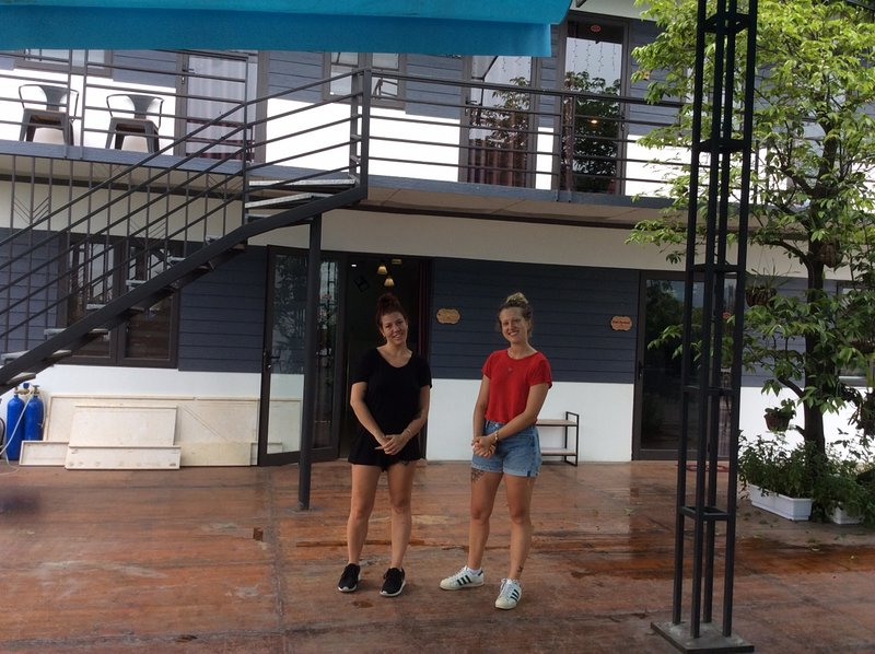 Ha Long Bay Beach Front-Clean Dorm Bed, vakantiewoning in Ha Long