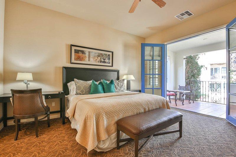 (L56-B) Deluxe King Casita, holiday rental in La Quinta