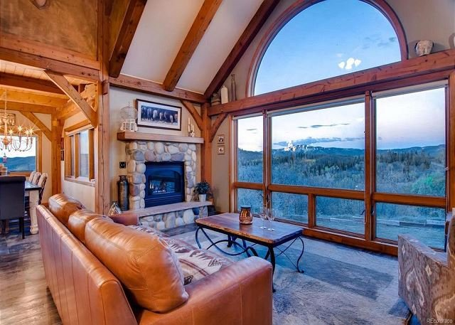 Rustic Mountain Home on 10 Acres - Deck w/Great Views - Hot Tub/Fire Pit, vacation rental in Yampa