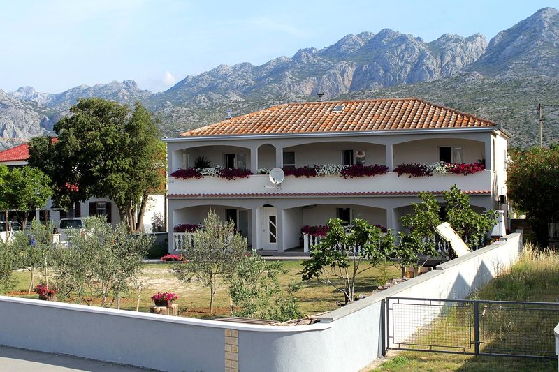 One bedroom apartment Seline, Paklenica (A-6603-b), holiday rental in Seline