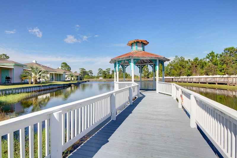 Orange Beach Villas Casa Bella-Why Wait? Book Your Beach Break Today, location de vacances à Orange Beach