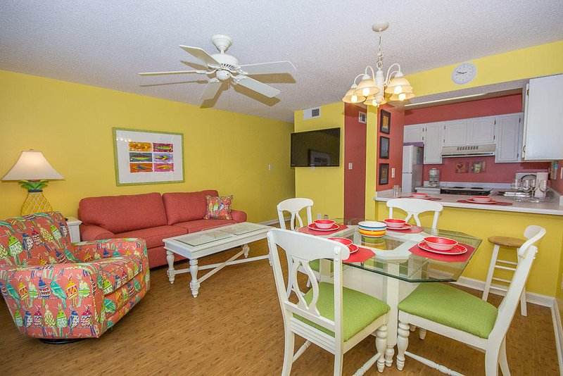 Summerhouse West 102A- Summer - Sand - Sun- Find it All this Memorial Day, vacation rental in Gasque