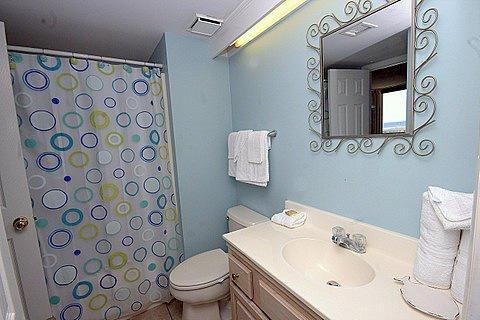 Baño de invitados / sala