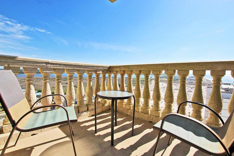 Balcón compartido entre habitaciones de huéspedes 2