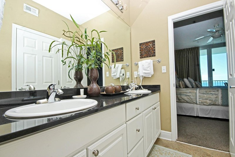 Double Vanity in the Master Bathroom