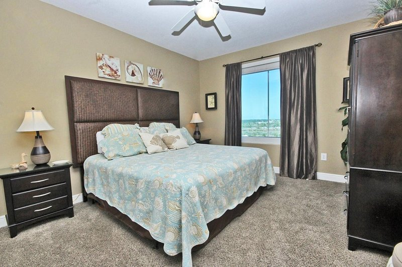 Guest Bedroom 2 - King Bed