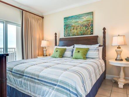 Camera da letto principale con 1 letto king size