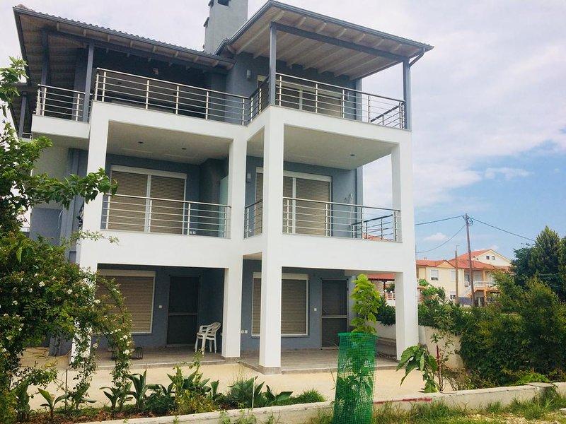 See to Sea apartment 2, location de vacances à Nea Triglia