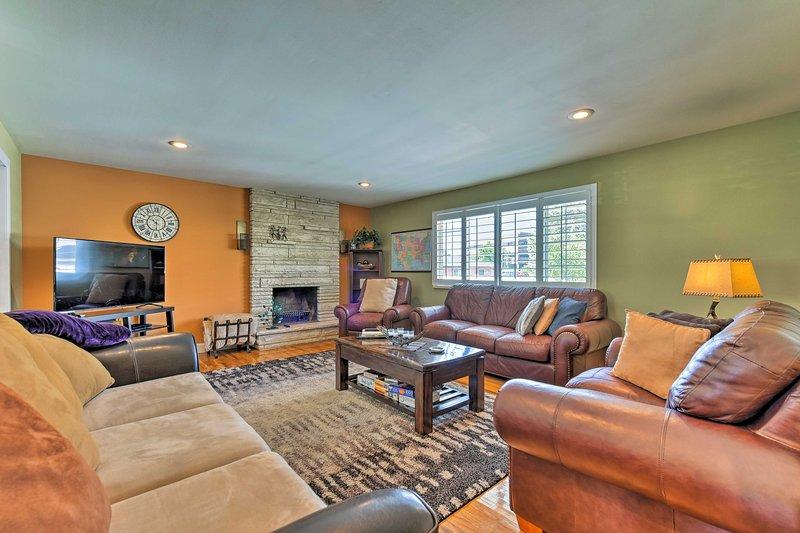 Salt Lake City Home w/Hot Tub-Near Alta & Solitude, vacation rental in Taylorsville