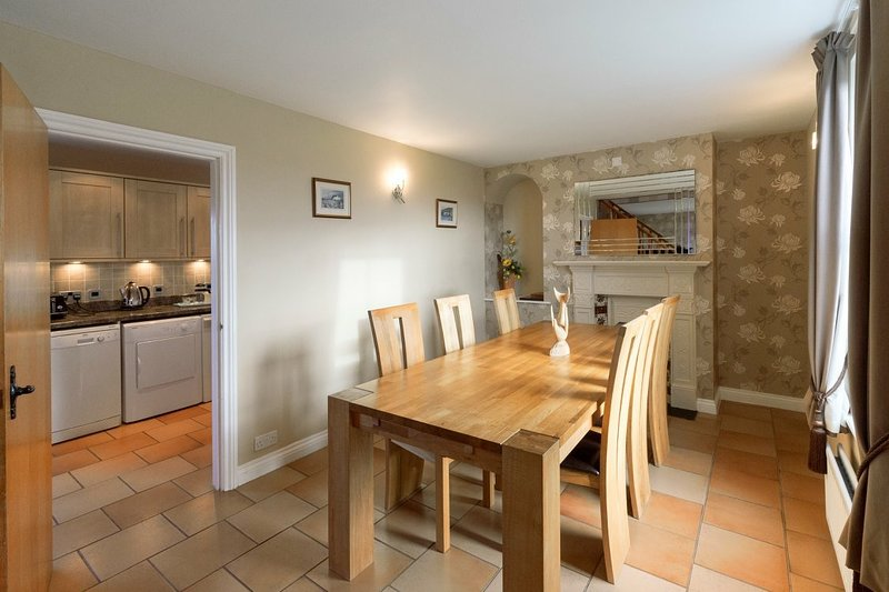 Traditional Farm House, holiday rental in Borth