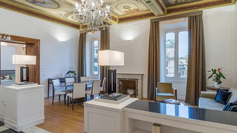 Has Cable Satellite Tv And Internet Access Rental In Rome Italy Vacation