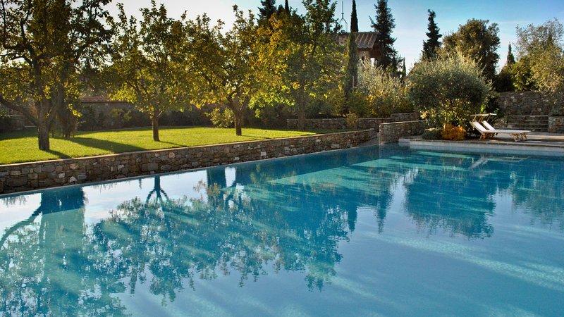 Luxury villa Il Borgo Meline, alquiler vacacional en San Donato Fronzano