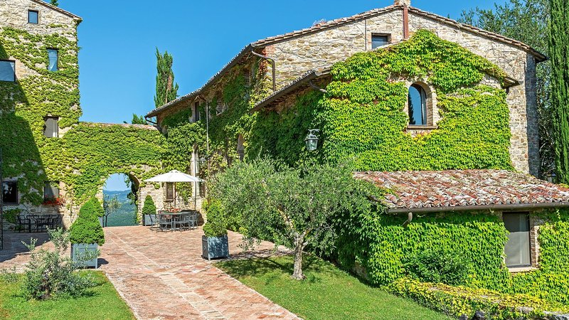 Luxury villa La Sommità - Olivi, vacation rental in Santa Maria di Sette