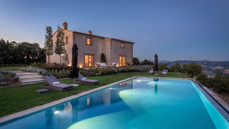 Luxury villa Saluki, vacation rental in Santa Maria di Sette