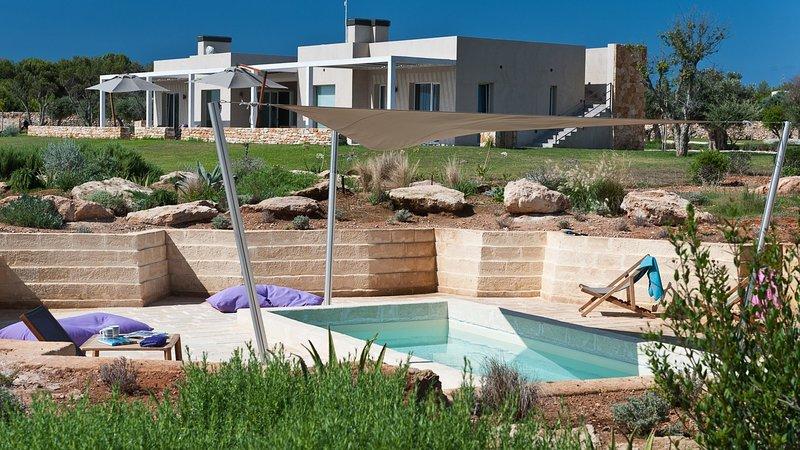 Luxury villa Isolana, vacation rental in Aegadian Islands