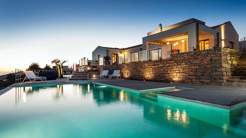 Luxury villa Tamigi, vacation rental in Ballata