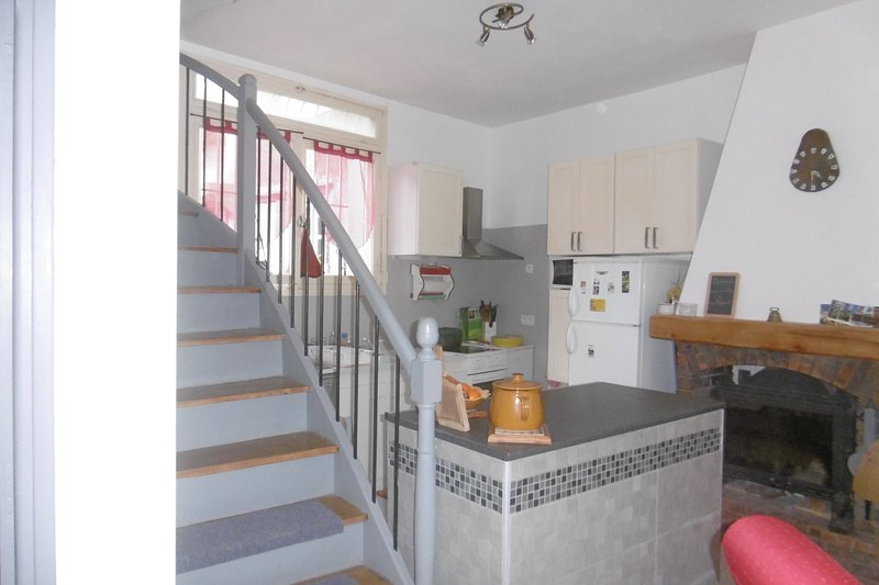 maison de village, holiday rental in Blomac