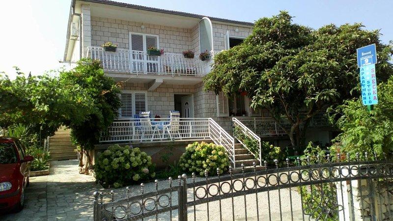 One bedroom apartment Mirca, Brač (A-730-b), alquiler de vacaciones en Sumpetar