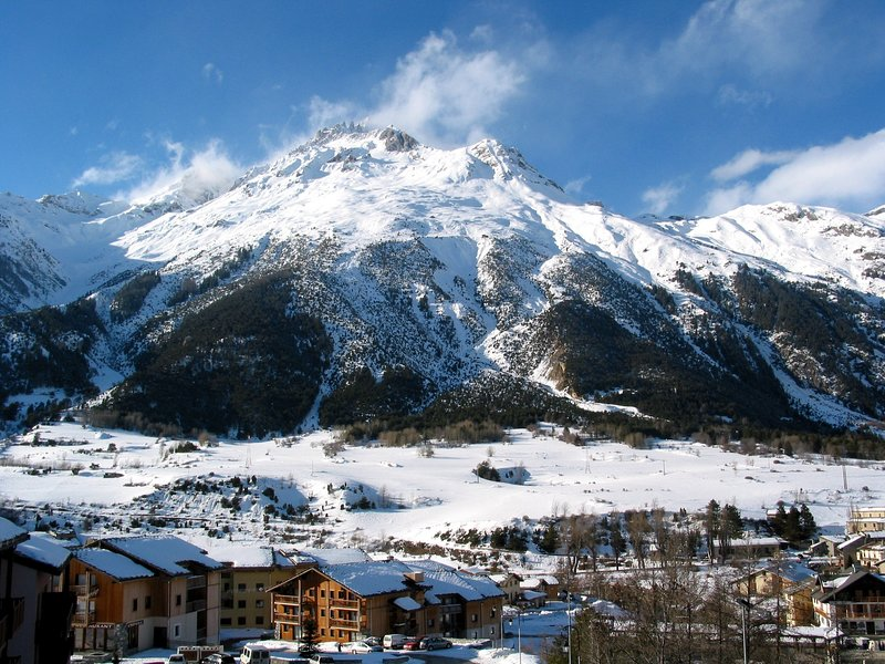 Au pied des pistes / remontées Domaine Val Cenis, Appart. à Termignon Val Cenis, vacation rental in Val-Cenis