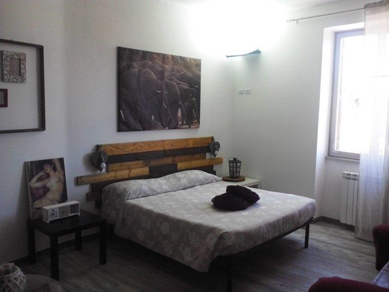 Jerry e Titty House luminoso appartamento confortevole a Capena, casa vacanza a Riano