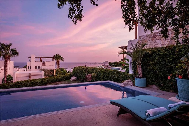 Dazzling Views of the Sea of Cortez at Villa Sirena!, holiday rental in Cabo San Lucas