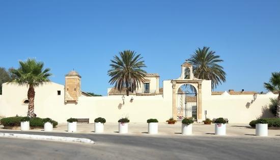 Casa con giardino a Kastalia, alquiler de vacaciones en Casa Camarina