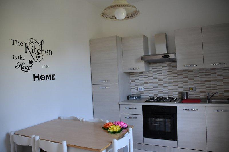 Casa Vacanza LuciAlda, Guest House nel cuore della Lunigiana, vacation rental in Ponzanello