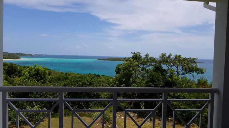 Secluded  Beachfront Home in Eleuthera, Bahamas, holiday rental in Eleuthera