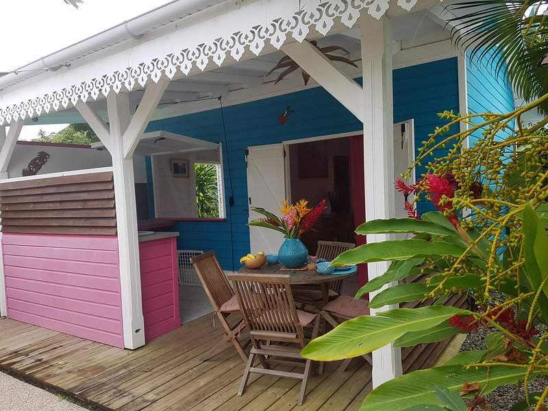 Residence CaZmeti'C - Bungalow Lagon - piscine - F1, location de vacances à Le Marin