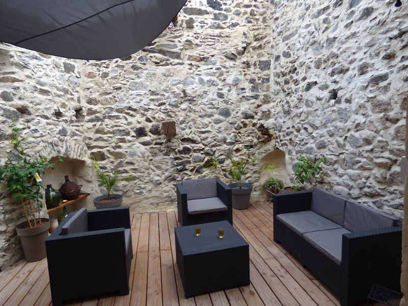 L'Ostalet, holiday rental in Cubieres-sur-Cinoble