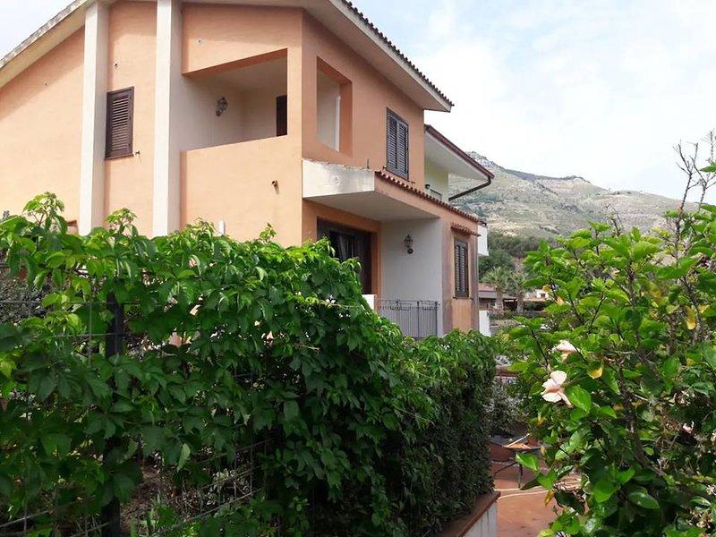 Villa Giusy, vacation rental in Tonnara di Bonagia