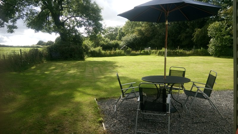 Ashmeadow View Static Holiday Home, holiday rental in Cresselly