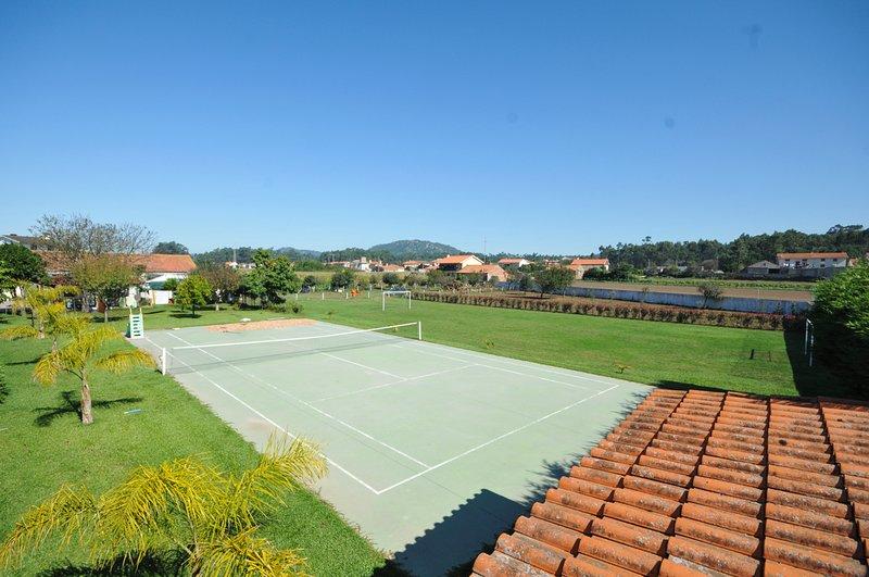 Descampado Villa Sleeps 10 with Pool and Air Con - 5658173, holiday rental in Apulia