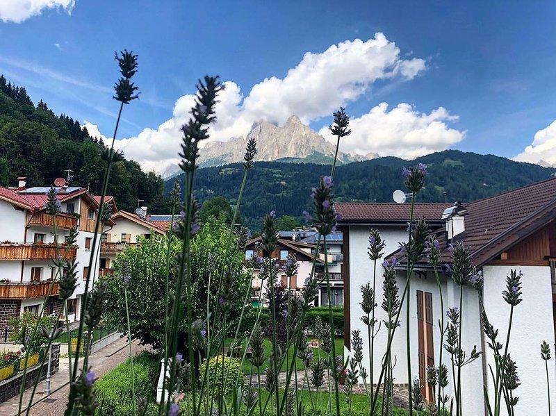 Casa Bonetti, uno sguardo alle Dolomiti, location de vacances à Mezzano