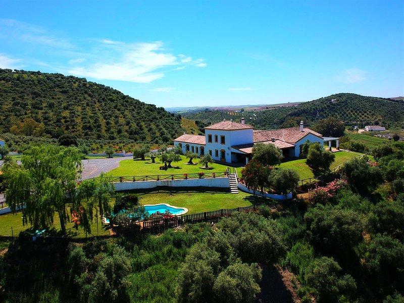Casa vacanze di lusso, in campagna, tra Siviglia, Ronda e Malaga, con piscina