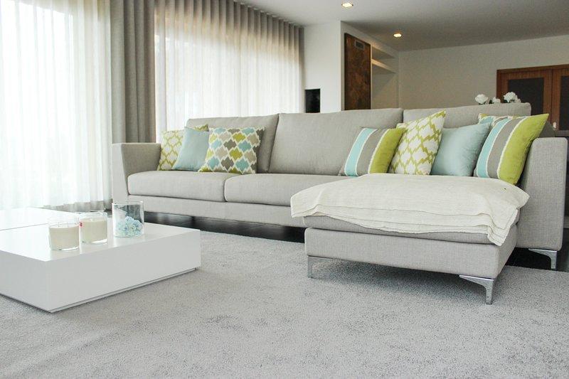 Gemieira Villa Sleeps 11 with Pool - 5658333, alquiler vacacional en Calheiros