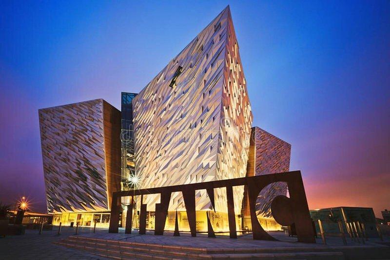 NEUE fabelhafte Wohnung 5 Minuten vom Titanic Viertel