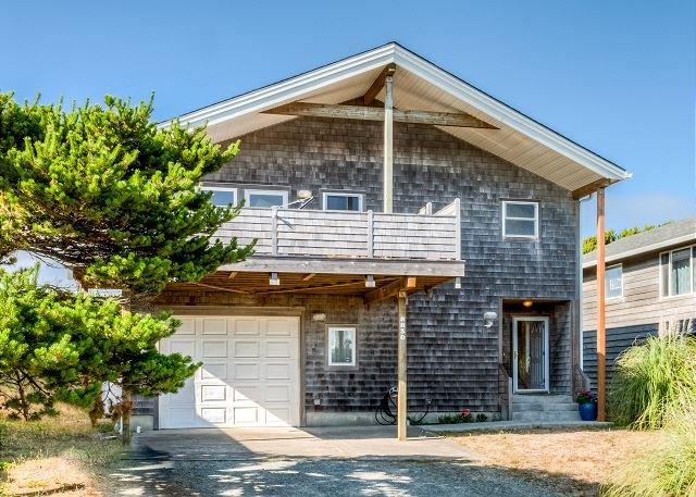 GREAT ESCAPE~NEW LISTING  Elegantly decorated OCEAN VIEW home close to beach., location de vacances à Wheeler
