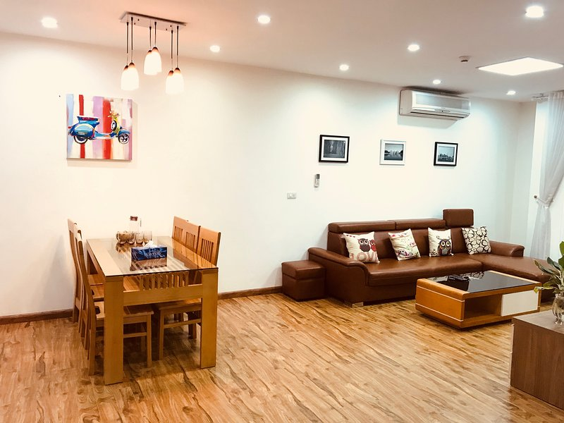 Luxury 3BR Apartment at Golden Palace My Dinh - Lotus Hometel, holiday rental in Son Tay